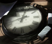depot-clock